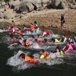 tm_Carrera por filas de nadadores