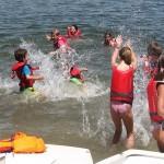 tm_Participantes jugando con el agua